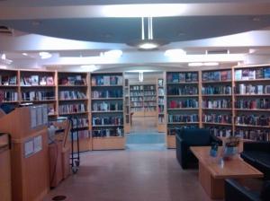 La biblioteca del GoMA (Gallery of Modern Art) di Glasgow
